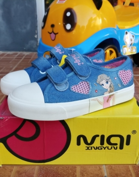 Sepatu Anak Dua Cinta Asli Import Luar Negeri