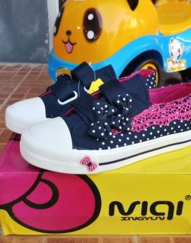 Sepatu Anak Import Renda Tirai