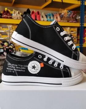 Sepatu Asli Import Bintang Chuck Taylora