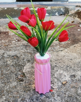 Boket Bunga Mawar Kuncup