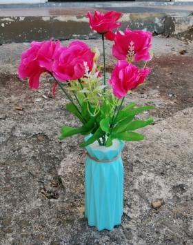 Bunga Mawar Hiasan Dalam Ruangan