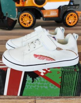 Jual Sepatu Kets Anak Usia 3-4 Tahun Impor