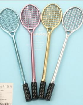 Pena Desain Raket Tenis Impor
