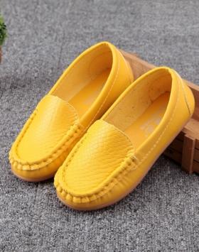 Sepatu Loafers Anak warna Kuning Impor
