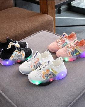 Terbaru Sepatu Sneakers Anak Hypebeast 2021