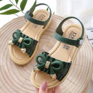 Terbaru 8 Jenis Sepatu Anak Wajib Punya