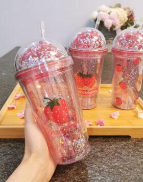 Terbaru Botol Minum Tumblr Strawberry 2020